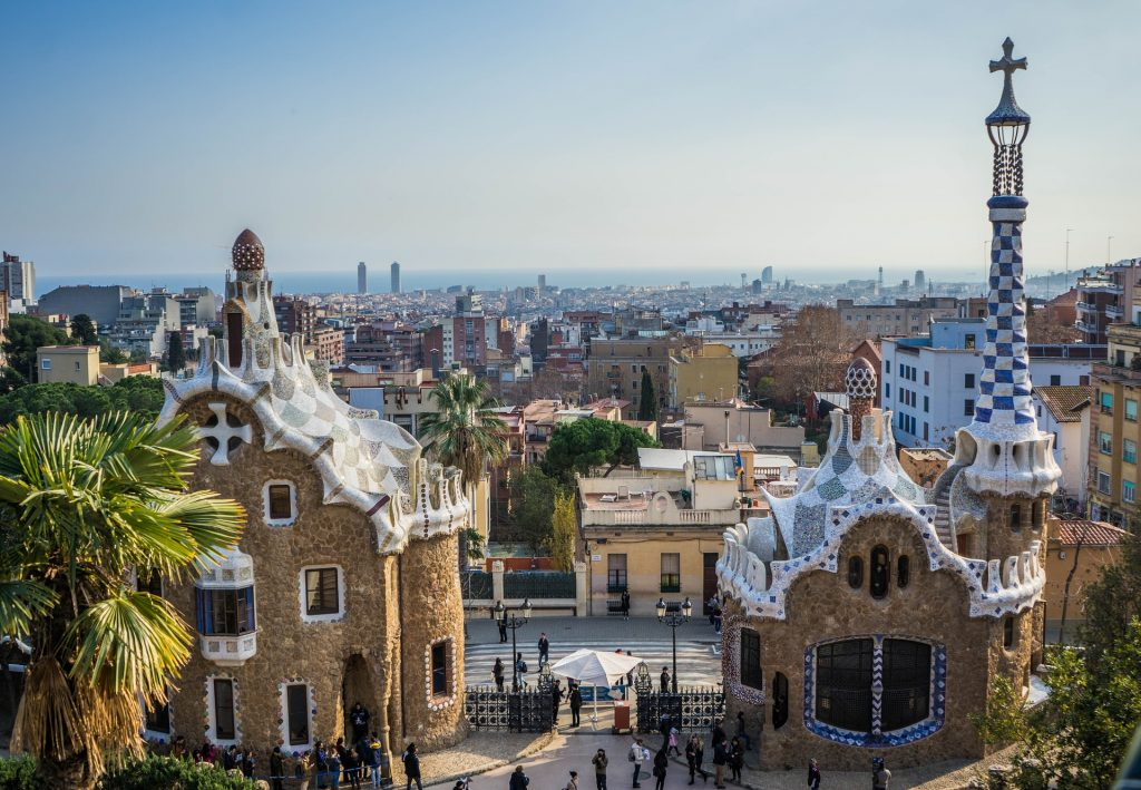 Simple guide for visiting Barcelona