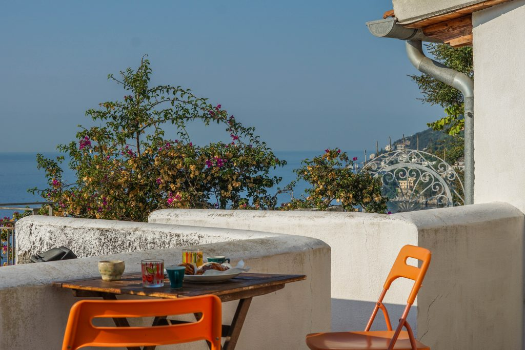 Best place to stay on the Amalfi Coast and breakfast view from the most romantic stay