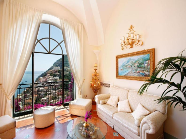where to stay in Positano for larger groups