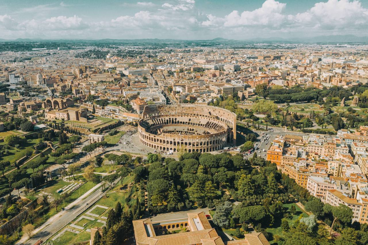 Where is the Colosseum in Rome